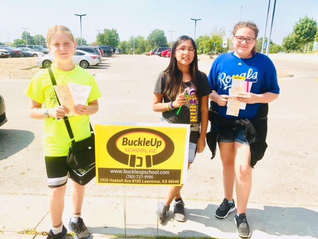 BuckleUp School students